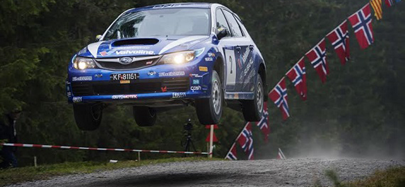 Rallybil_hopp